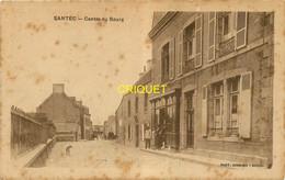 29 Santec, Centre Du Bourg, Animation Devat Le Commerce, Carte Pas Courante, écrite 1929 - Other Municipalities