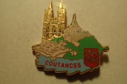 Pin's Mont Saint Michel. Coutances Et Sa Cathédrale (50 Manche) Arthus Bertrand Paris - Ciudades