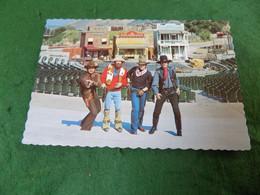 VINTAGE USA: CA Universal Film Studios Cowboy Stuntmen Colour - Altri