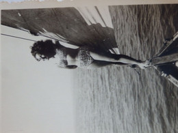 Photo D'une Pin-up En Maillot De Bain En 1946. - Pin-ups