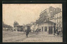 AK Courbevoie, La Station Des Tramways Et L`Octroi - Tramways