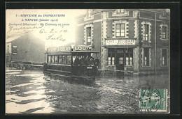AK Nantes, Les Inondations 1910, Boulevard Sebastopol, Un Tramway En Panne - Overstromingen