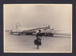 Photo Originale Vintage  Aviation Aeroport Bruxelles Airport Avion SABENA Jeune Femme  (Phot 121) - Aviation