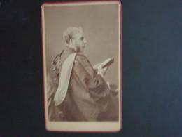 CDV Ancienne Environ.vers 1800 Portrait  D Un Homme De Loi. Photographe H.N. KING. STANFORD - Alte (vor 1900)