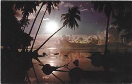 TAHITI - Magnifique  Coucher De Soleil Sur Ce Miroir D'eau à Punaaula - Tahiti