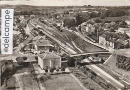 CPM De BUSSIERE-GALANT : Gare,Wagons,Pont . - Andere Gemeenten