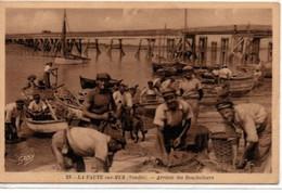 La Faute-sur-Mer-Arrivée Des Boucholeurs - Autres Communes