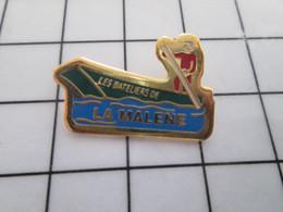712e Pin's Pins / Beau Et Rare / THEME : ASSOCIATIONS / BARQUE LES BATELIERS DE LA MALENE Font Pas Les Malins ! - Vereinswesen