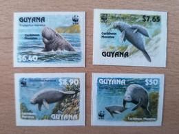 079 WWF Manati UNCUT - Guyane (1966-...)