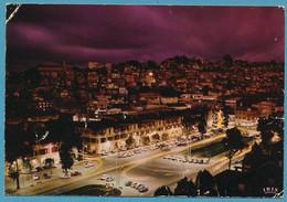 ANTANANARIVO - Araben'ny Fahaleovantena Ny Alina TANANARIVE - Avenue De L'Indépendance La Nuit Citroen DS Auto - Madagaskar