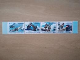 077 WWF Adler, Aigle Surchargé Bleu (position May Vary) - Guinea-Bissau