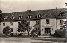 !  Ansichtskarte Güsen, Kreis Genthin, FDGB Bezirksschule - Autres