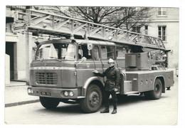 Photographie Originale D'un Camion De Pompier (dédicace Au Verso, Champerret) - Automobile