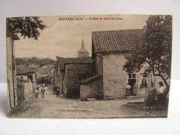 CPA 10 AUBE ROUVRES LA RUE DE COLOMBE LE SEC ANIMEE 938 - Otros Municipios