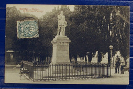 SAINTES... STATUE DE BERNARD PALISSY... GIN816 - Saintes