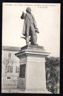 Alais: Sur La Place St Sébastien, La Statue De J.B Dumas - Alès