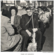 Train De Banlieue Photo De Doisneau 1953 - Unclassified
