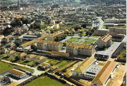 79 - Saint Maixent L'Ecole - Vue Générale Aérienne Et La Caserne Coiffée - Saint Maixent L'Ecole