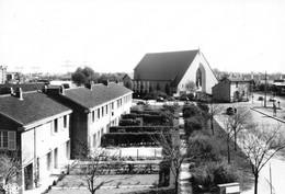 PETIT-CLAMART - Cité De La Plaine Et L'Eglise - Clamart