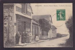 CPA [27] Eure Douains Commerce Shop Tabac Circulé - Sonstige Gemeinden