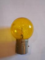 Ampoule Jaune TRIP 24v 35w - Auto's