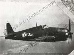 PHOTO AVION    GRUMMAN F6F HELLCAT 1.F 31  RETIRAGE REPRINT - Aviación