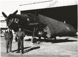 PHOTO AVION    GRUMMAN TBM AVENGER FLOTTILE 4F AERONAVALE AVEC PILOTE  RETIRAGE REPRINT - Aviación