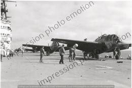 PHOTO AVION     Grumman TBM-53 Avenger . SUR PORTE AVION  RETIRAGE REPRINT - Aviación