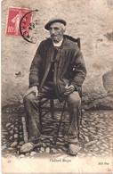 FR64 TYPES BASQUE - ND 45 - Vieillard Basque En Espadrilles - Animée - Belle - Sauveterre De Bearn