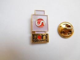 Beau Pin's , Point Sécurité , Serrure , Verrou - Otros