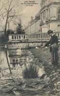 Les Carpes à Fontainebleau . Cygnes . . Montage . Truquage . Carps And Swans. Envoi Infirmier 1 Er Génie . 1917 - Fish & Shellfish