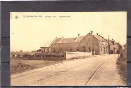 Sint Huibrechts Lille    Gemeentehuis - Jongensschool ( Met Grote Groep Kinderen ) - Neerpelt