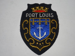 Blason écusson Tissu Feutrine  Port Louis (Morbihan)  Wappen Coat Arms, Patch, Scudo, Stemma - Recordatorios
