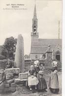 GOULIEN - Région D'Audierne: Le Clocher De L'Eglise Et Le Menhir - Altri Comuni