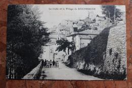 ROCHEGUDE (30) - LA ROUTE ET LE VILLAGE DE ROCHEGUDE - Other Municipalities