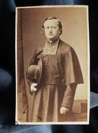 Photo CDV Herbert à Beauvais  Religieux Prêtre, Abbé, Curé  Sec. Empire  CA 1865 - L527 - Ancianas (antes De 1900)