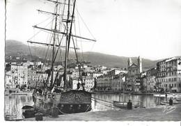 .CPSM BASTIA 2A :   Vieux Port - Cathédralel  1952 - Bastia