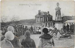 Douains - Visite Au Monument Aux Morts - Sonstige Gemeinden