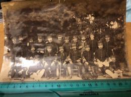 Photo 1900 Un Groupe De Militaires  A Identifier - Alte (vor 1900)