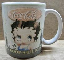 MUG TASSE THE COCA-COLA COMPAGNY 2003 AVENUE OF THE STARS BETTY BOOP - Tasses, Gobelets, Verres