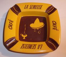 Cendrier Vintage En Résine Café La Semeuse - Otros