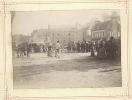 Photo Originale XIXème 50 Manche Marché Saint-Lo Place Et Hotel Des Alluvions Normandie 1890 - Old (before 1900)