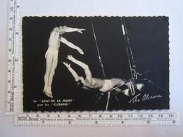 Spectacle > Cirque Le Saut De La Mort Par Les Clerans - Circo