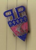 T 2/ PL Milit.4) 6 > Insigne Métal Militaire Ou Autre A Identifier Avec Attache   (Fmt Voir Le Scan 1 Cm Entre 2 Trais) - Unclassified