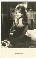 ¨Photo  CP R/V - Brigitte Bardot - Photo Ufa - Künstler