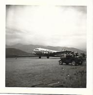 AVIATION - HAUTE CORSE - CALVI - PHOTO ORIGINALE - AEROPORT - AVION DE LA COMPAGNIE AIRNAUTIC - ANNEES 50 - Calvi
