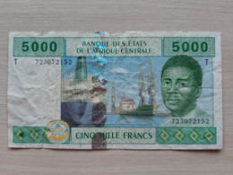 BILLET ETATS DE L'AFRIQUE CENTRALE U CAMEROUN - 5000 FRANCS 2002 - Central African Republic