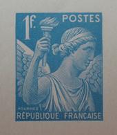 R1098/27 - 1944 - TYPE IRIS - N°650 - EPREUVE DE LUXE Des ATELIERS De FABRICATION Des T-P De PARIS - Luxeproeven