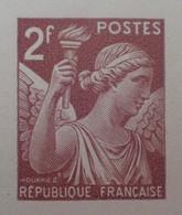 R1098/30 - 1944 - TYPE IRIS - N°653 - EPREUVE DE LUXE Des ATELIERS De FABRICATION Des T-P De PARIS - Luxeproeven