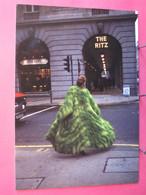 Angleterre - London - Entrée Du Ritz - British Council - Branché British ? - Excellent état - R/verso - Otros